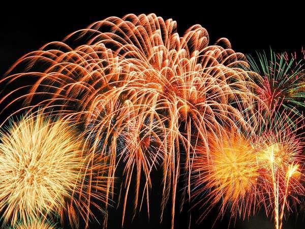 ~夏~7月25日天神祭は帝国ホテル大阪の目の前で繰り広げられます。