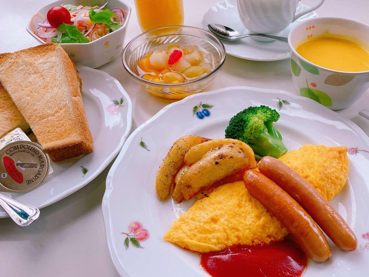 朝食(洋定食)の一例です