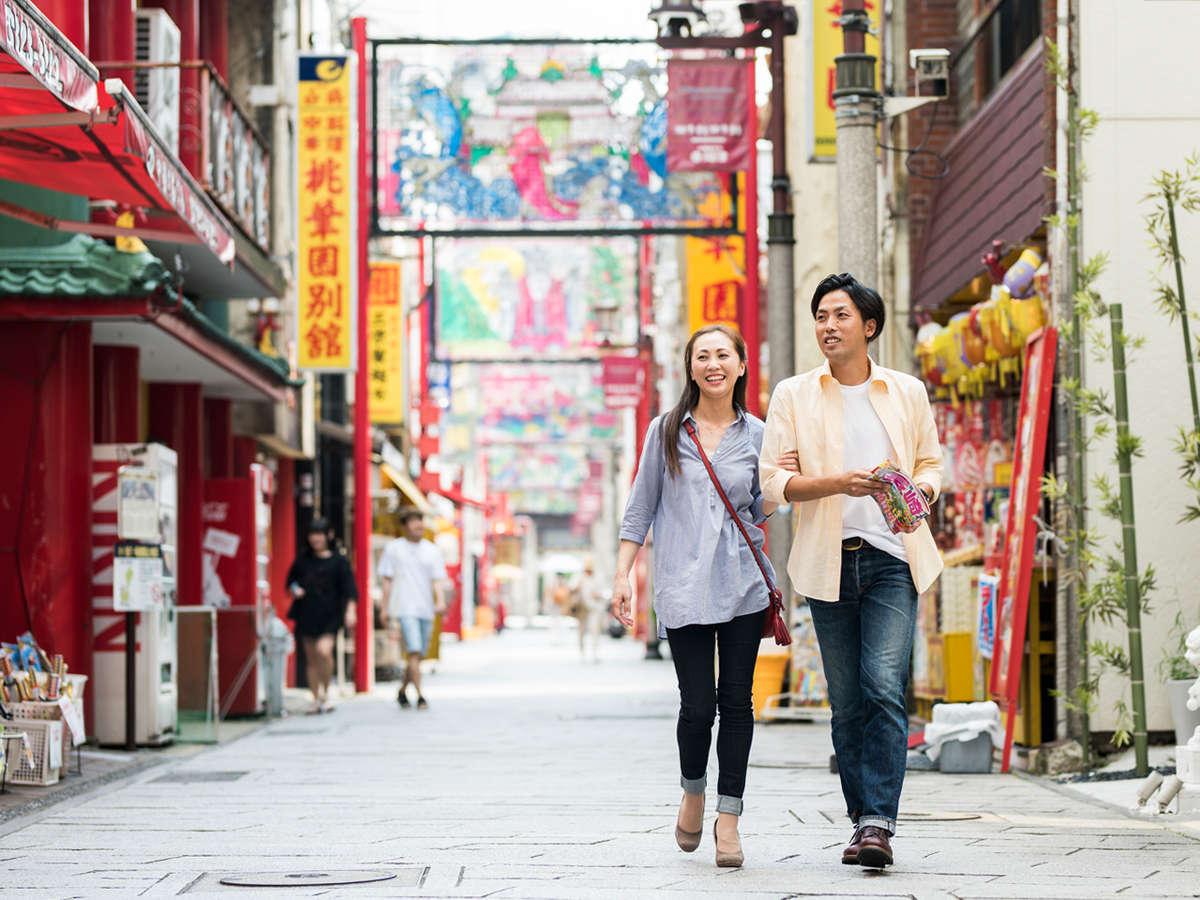日本三大中華街『長崎新地中華街』は当館から徒歩1分。本場の長崎ちゃんぽん・皿うどんはココで食すべし!