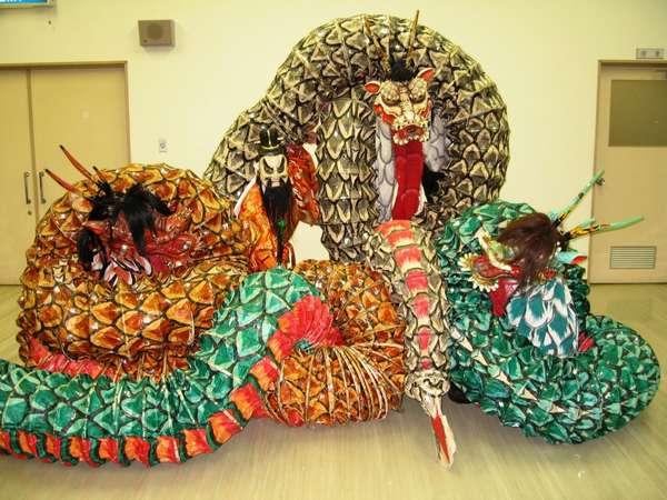 地元の伝統芸能「石見神楽」です。演目:大蛇(だいじゃ)詳しくは江津観光協会へ0855-52-0534
