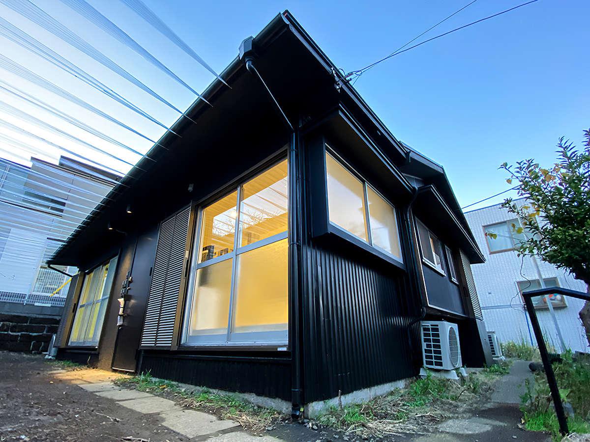・【OOBACOⅣ】横浜在住のアーティストとコラボした一軒家