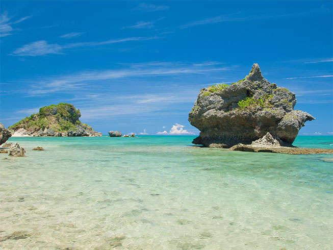 【フィールドレジャー】浜比嘉島散策。伝統的な古民家やパワースポットなどをのんびりと散策。