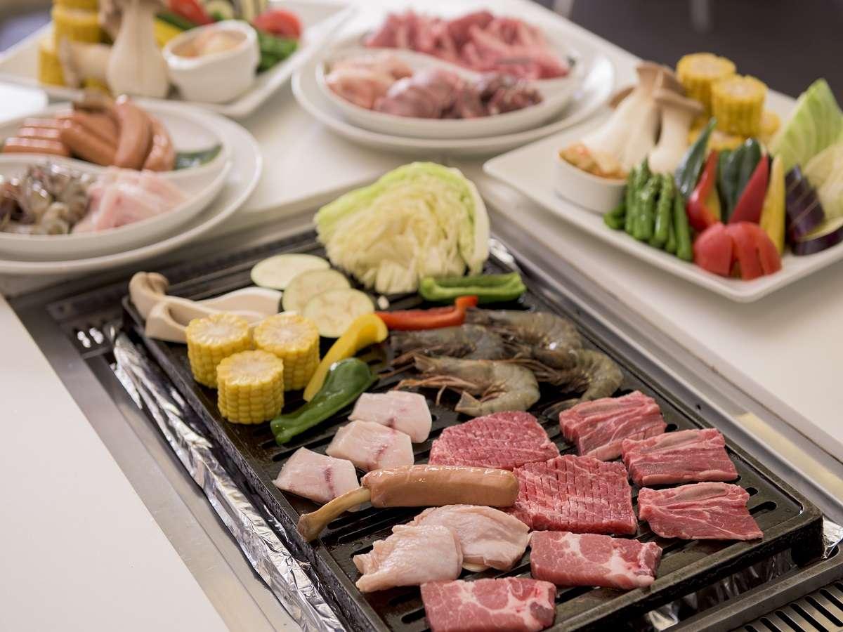 【シーサイドテラスBBQ】上質なお肉に各種お野菜をご用意してます。
