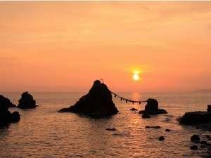 夫婦岩からの日の出(夏至の日)