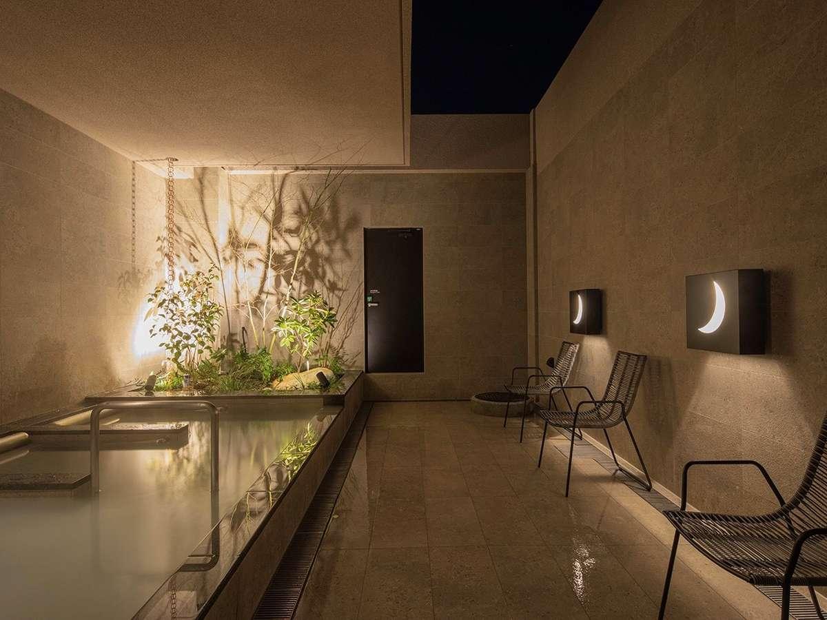 11階大浴場・露天風呂(利用時間16時~2時、5時~10時)