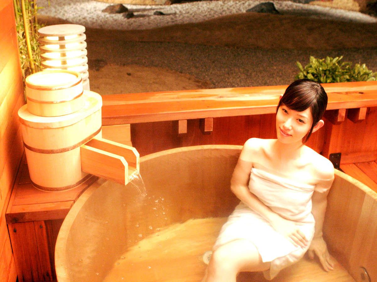 養老山系の自家源泉100%かけ流し天然温泉