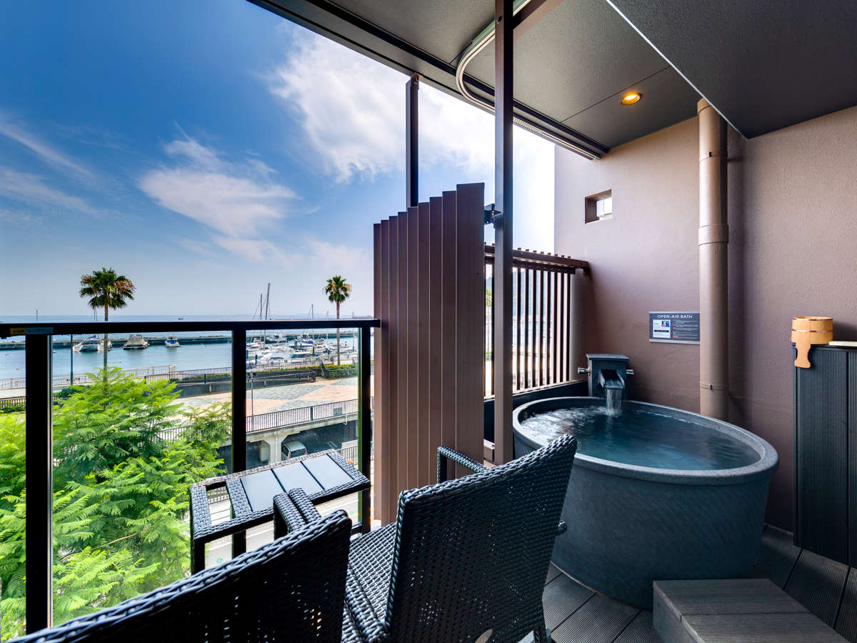 【客室】全客室に天然温泉露天風呂をご用意