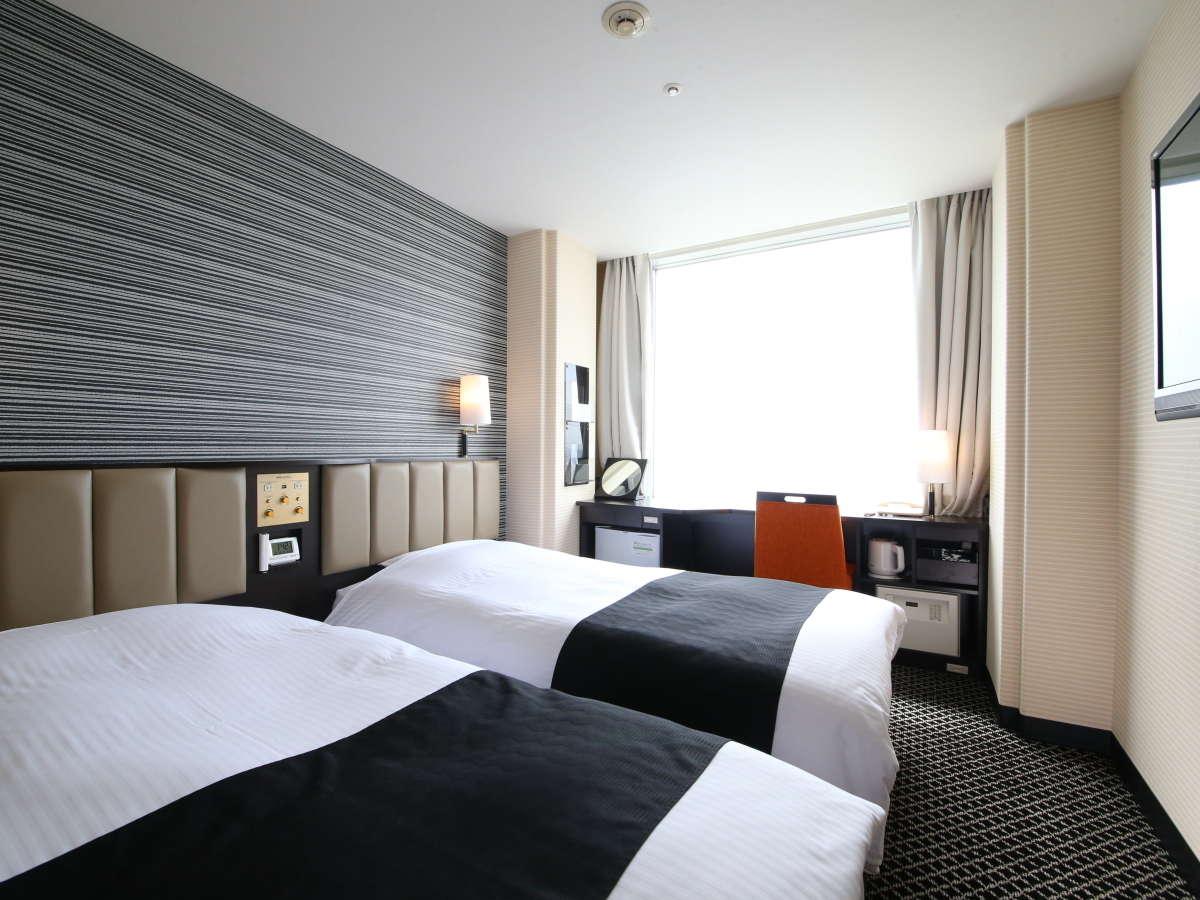 Apa Hotel And Resort Tokyo Bay Makuhari Hotels Rooms