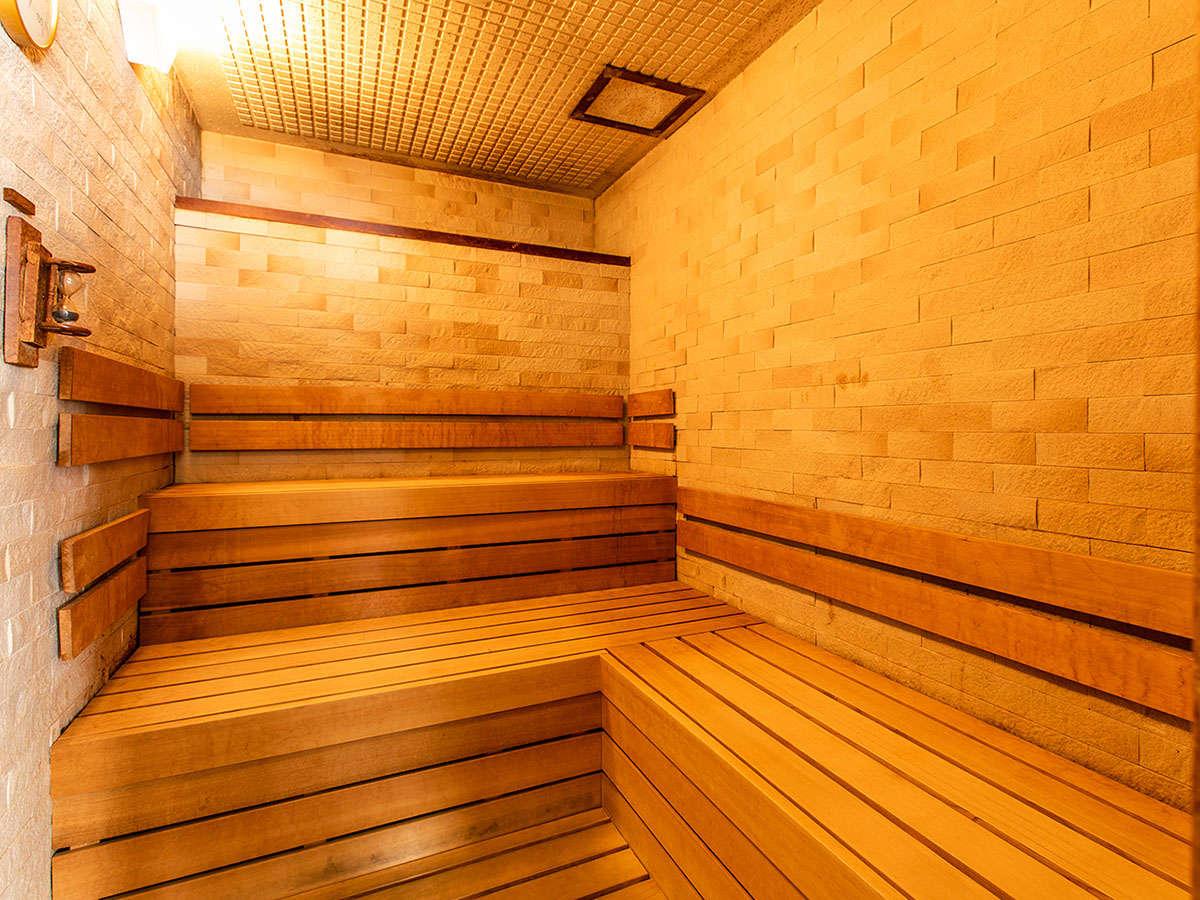 ■女性大浴場 サウナ15:00から25:00 6:00から10:00