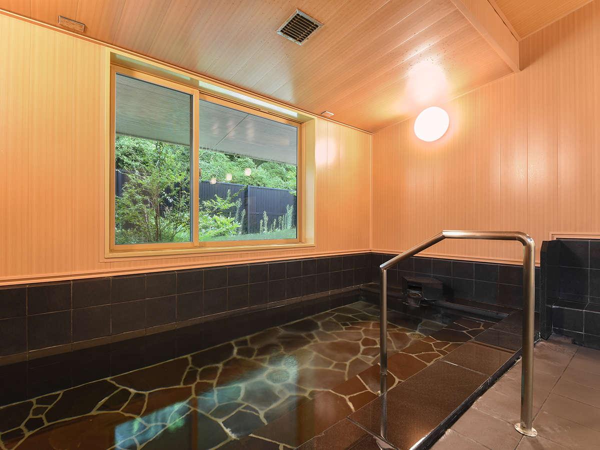 *【大浴場】露天風呂はございませんが、天然温泉をゆったりお楽しみください。