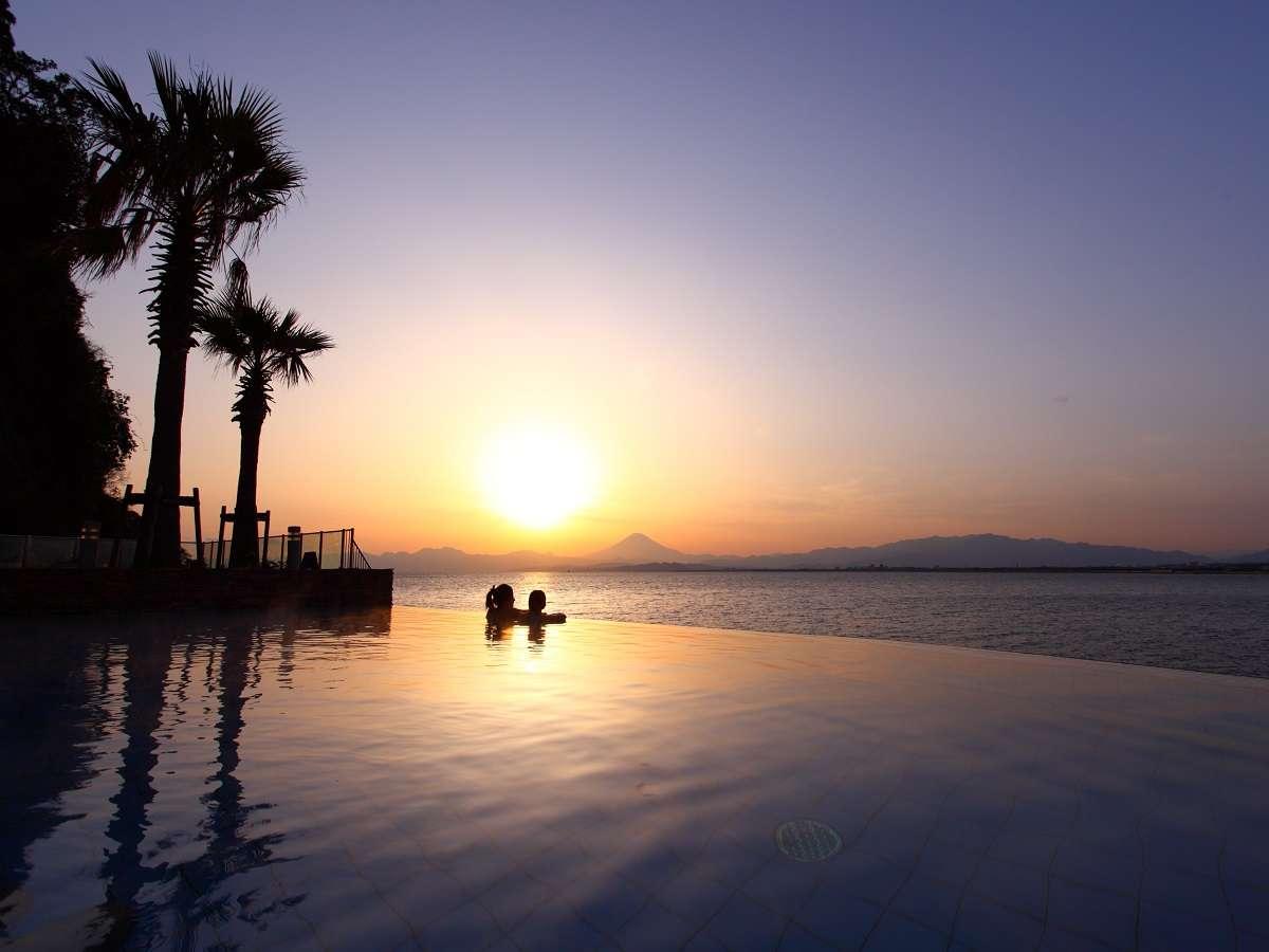 【江の島アイランドスパ】露天泉からの夕景★