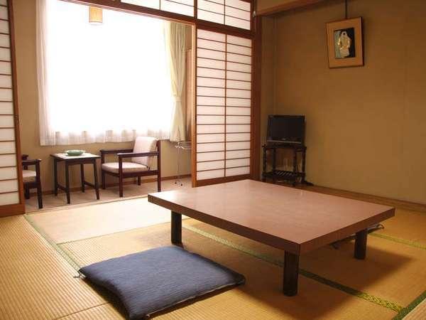 ごゆっくりお寛ぎいただける和室8畳のお部屋です。(客室一例)