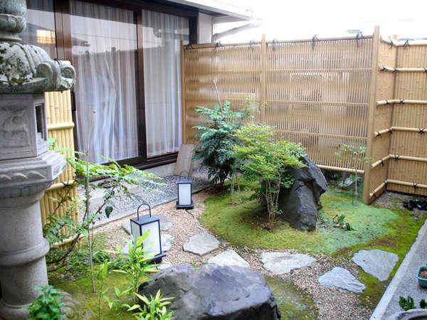 福井中心に立地しておりますが、ほっと出来る静かなお宿です。