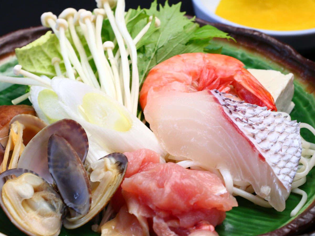 【魚介の寄鍋風】新鮮魚介の鍋は格別ですよ!