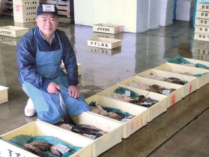 私が館主です。毎朝その日一番の海鮮を目利きして仕入れます。海鮮好きの方、ぜひご賞味ください。