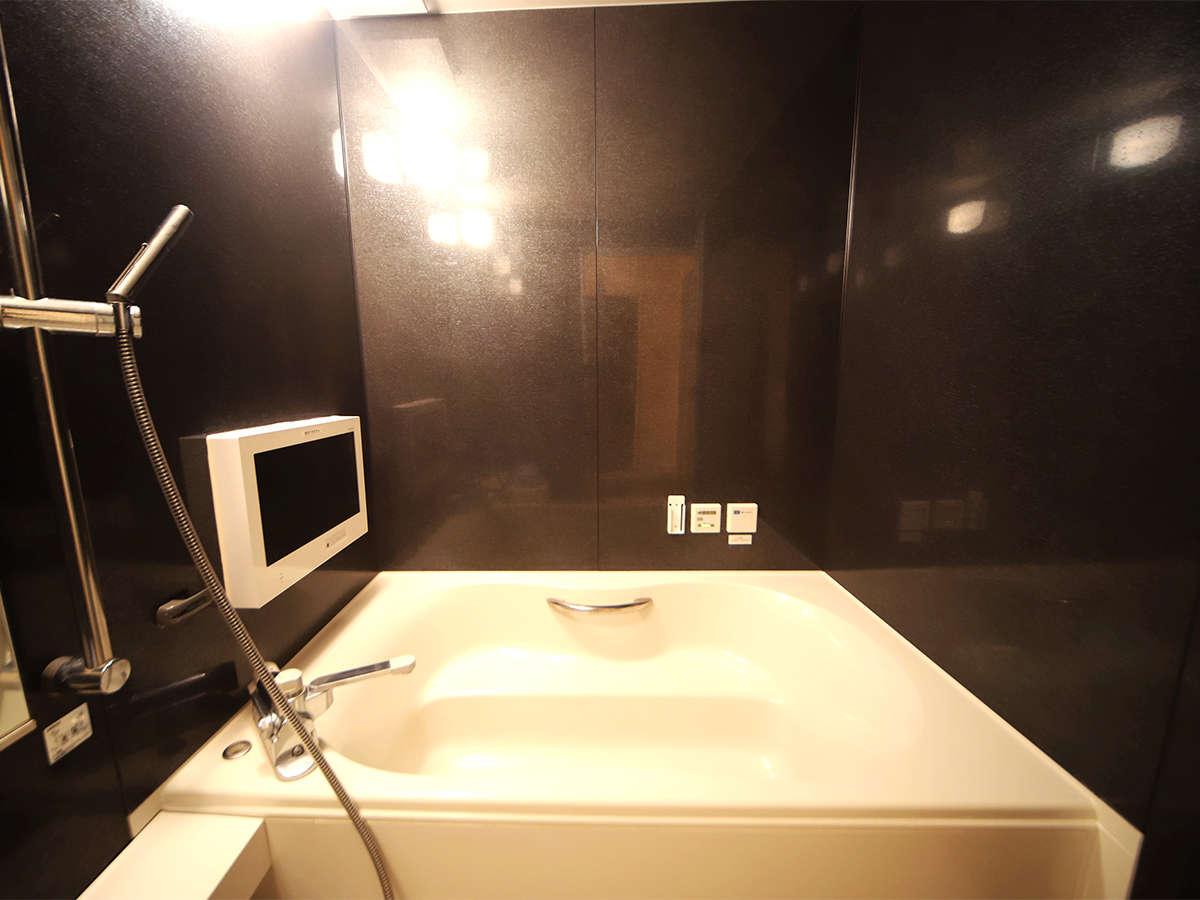 ・お部屋のバスルーム一例 一日の疲れをいやしてください。