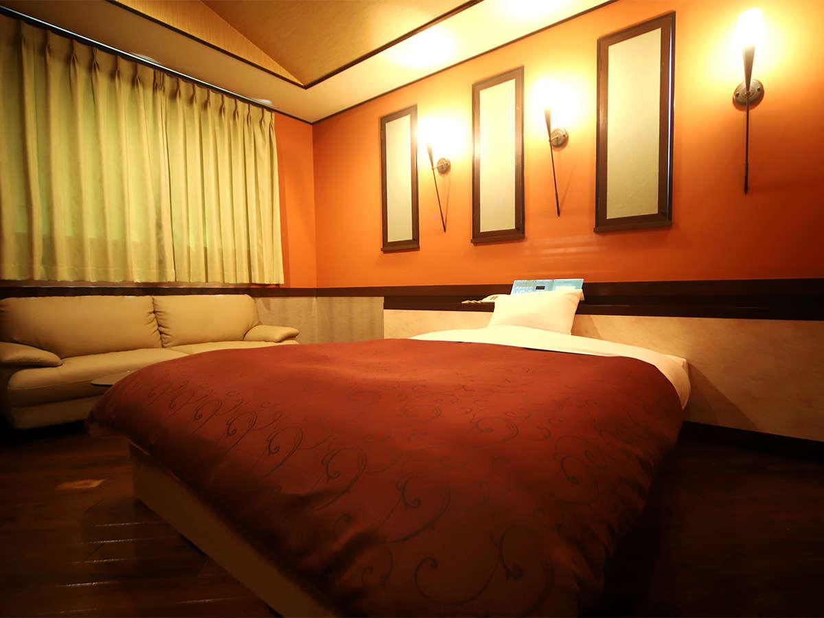 ・お部屋一例 スタンダードルーム クイーンサイズのベッド!
