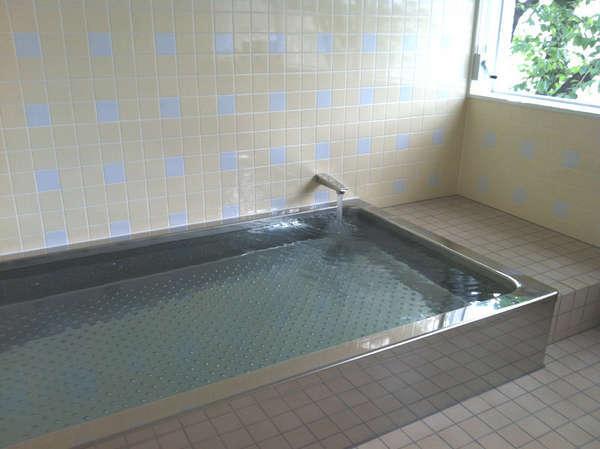 御宿泊者専用浴室(無料・男女別)がご利用いただけます