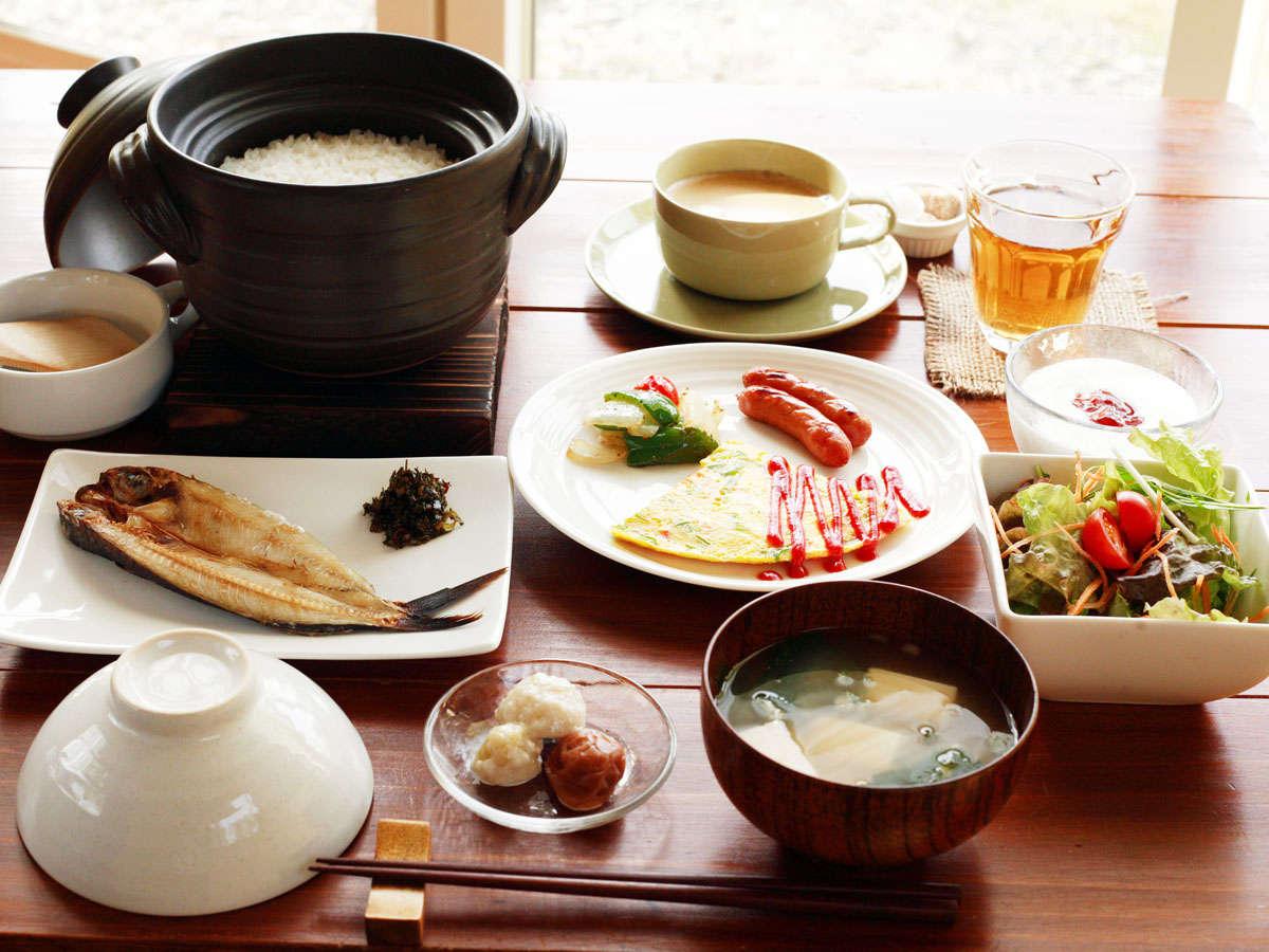 ★【朝食】土鍋で炊いた炊きたてのご飯は格別です!