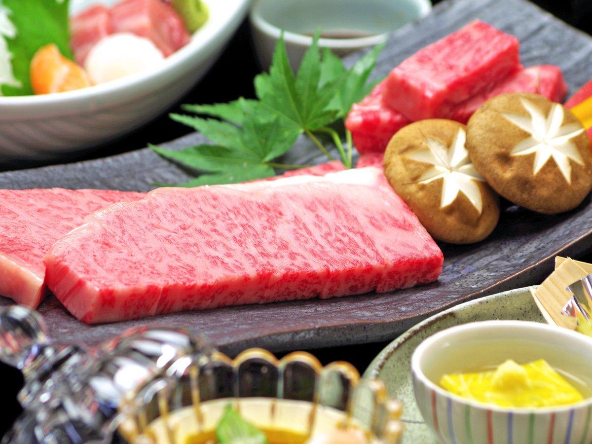 口の中にじゅわっと広がる霜降り肉は、岐阜のブランド牛【飛騨牛】。そのとろける旨さをお楽しみください。
