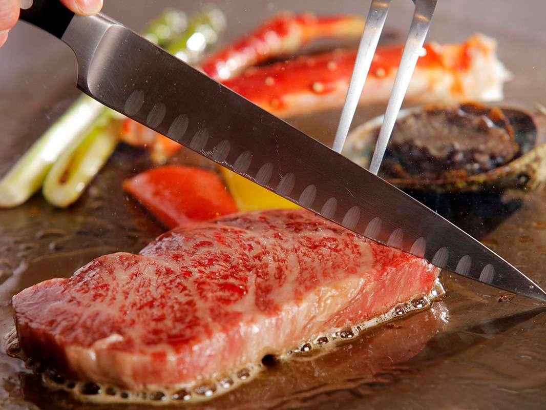 和食処こころで味わえる鉄板焼きディナー