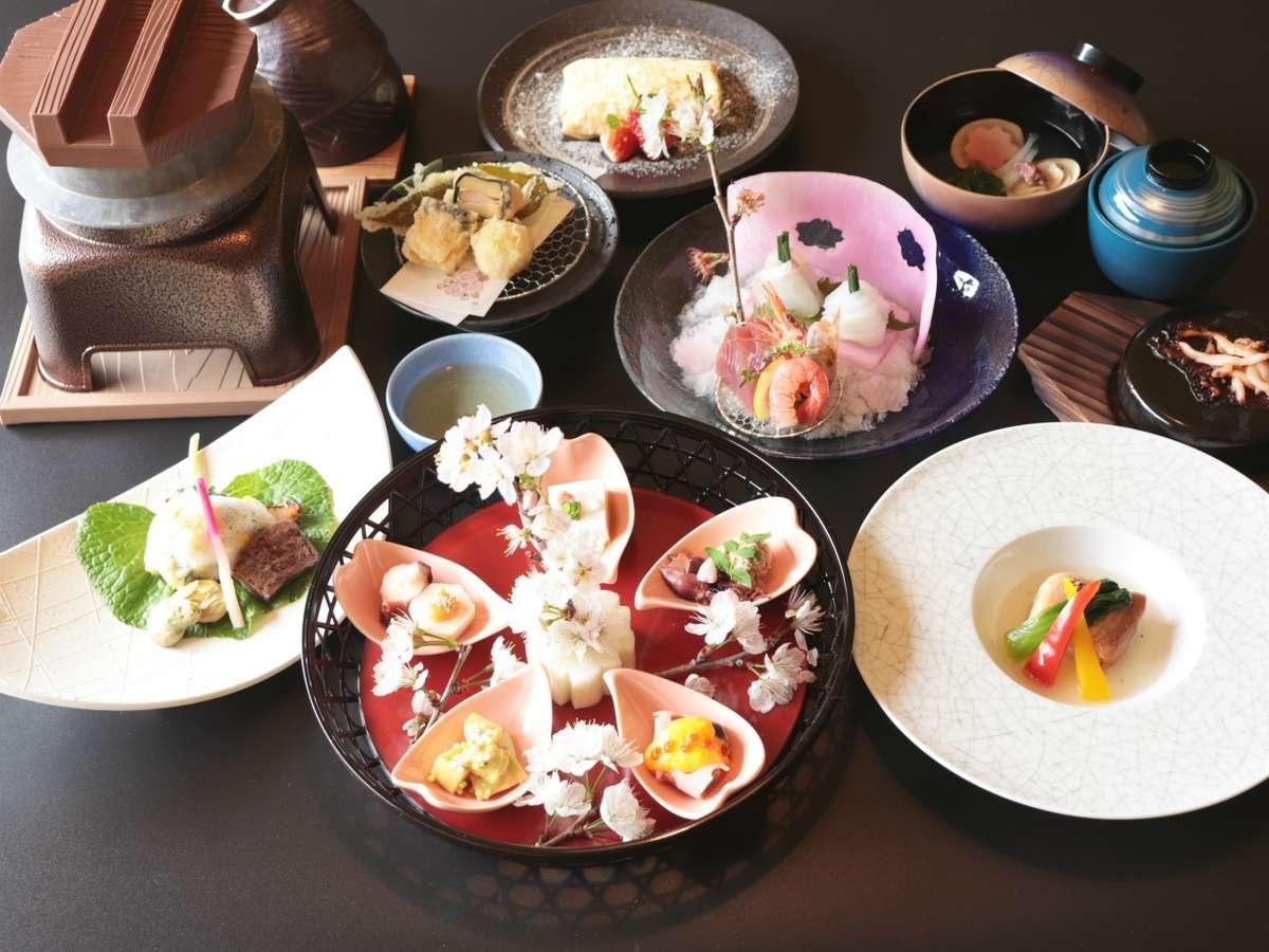 紫尾庵流創作懐石料理:季節を彩る旬の食材を用い、紫尾庵流のお料理をご提供致します。