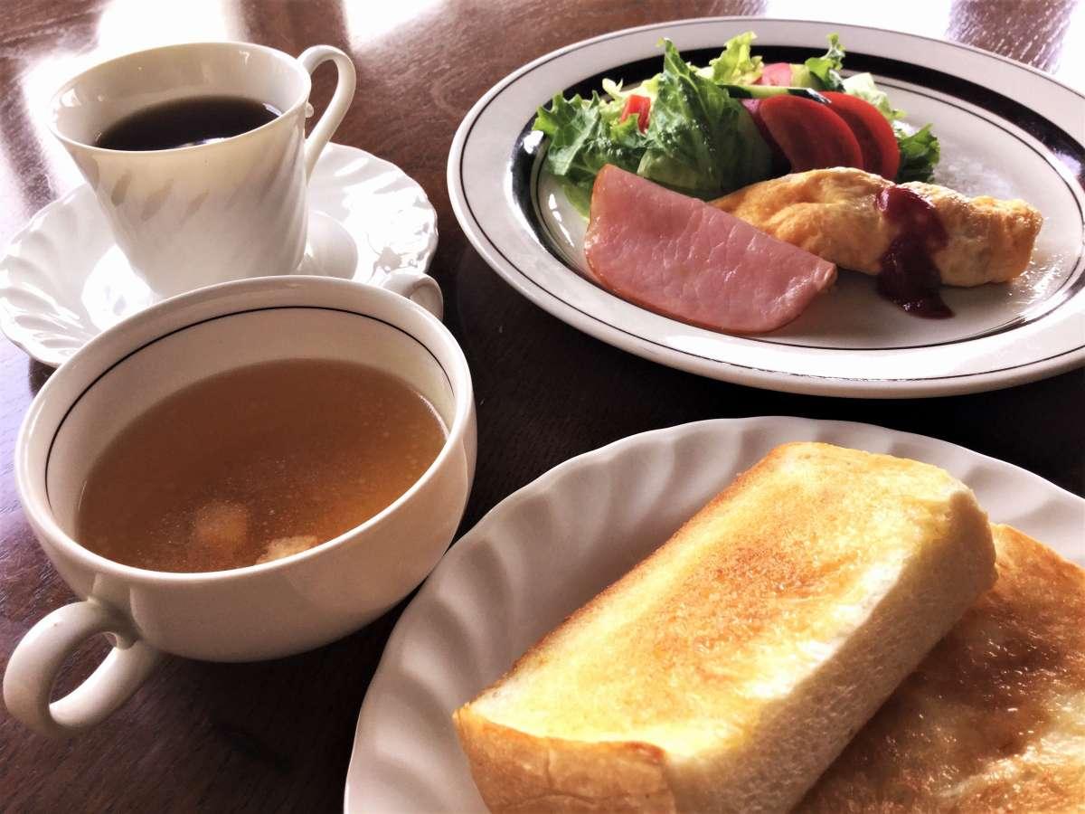 手作りの朝食(洋食・日替わり)
