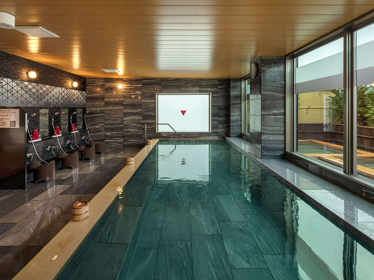7階 最上階 温泉 大浴場