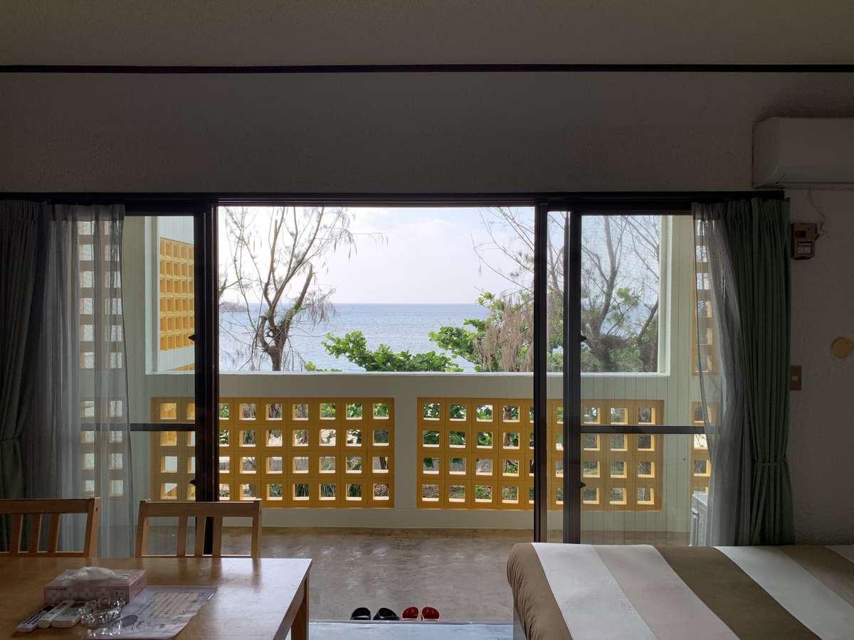 【コンドミニアム】2階のお部屋の眺望です 2018.12撮影