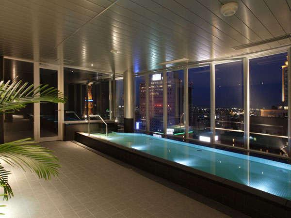ご宿泊のお客様のみご利用いただける最上階18F展望大浴場。