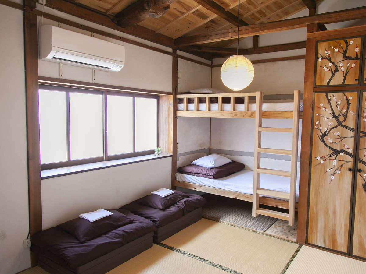 和個室/定員最大5名様/広々とした和室でごゆっくりとお過ごしいただけます。
