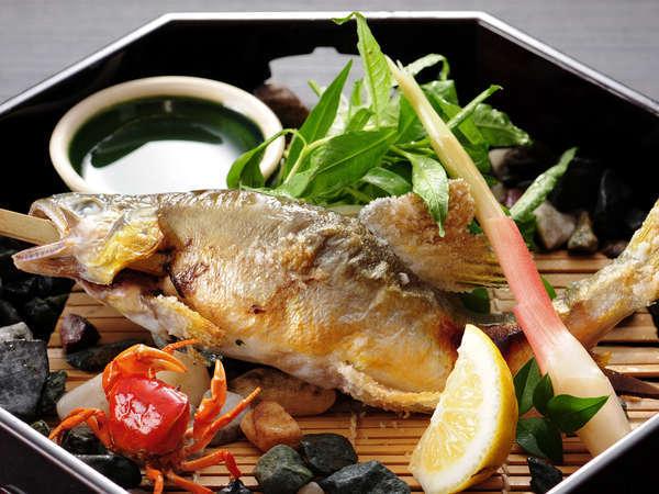 【ご夕食・別注料理】「川魚の塩焼き」季節によってイワナや鮎をご用意しています。