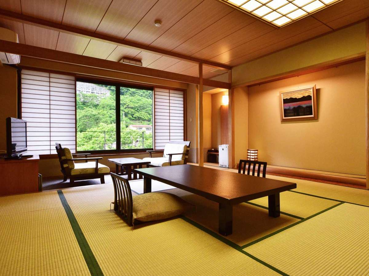 純和風の和室や和モダンなベッドルームのほか、旅の目的に合わせた様々な客室タイプをご用意しています。