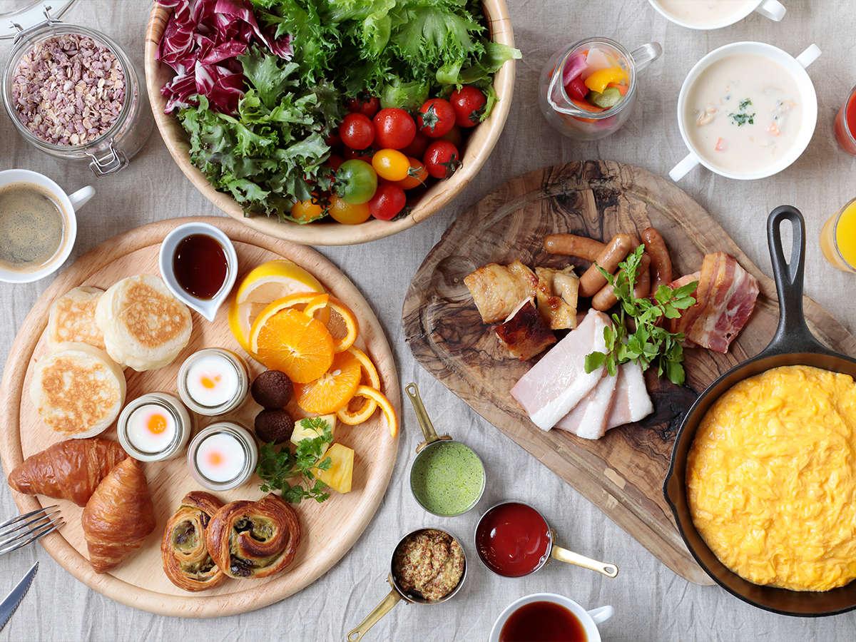 【カザ/1F】和洋多彩なメニューが揃う朝食ビュッフェ ※イメージ
