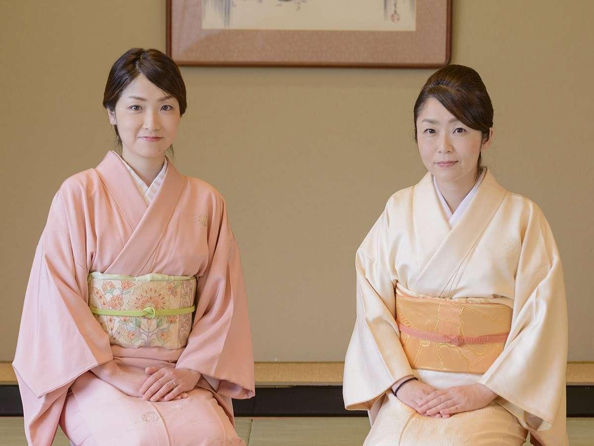 姉妹若女将でございます。ようこそ野津旅館へ♪