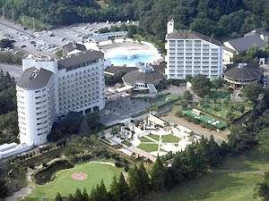 【ヘリテイジリゾート】武蔵丘陵の豊かな自然に囲まれたホテル