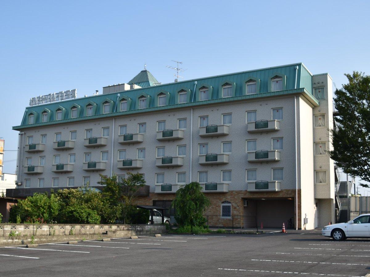 外観 伊勢鉄道 玉垣駅より2km。 鈴鹿ICより車で30分