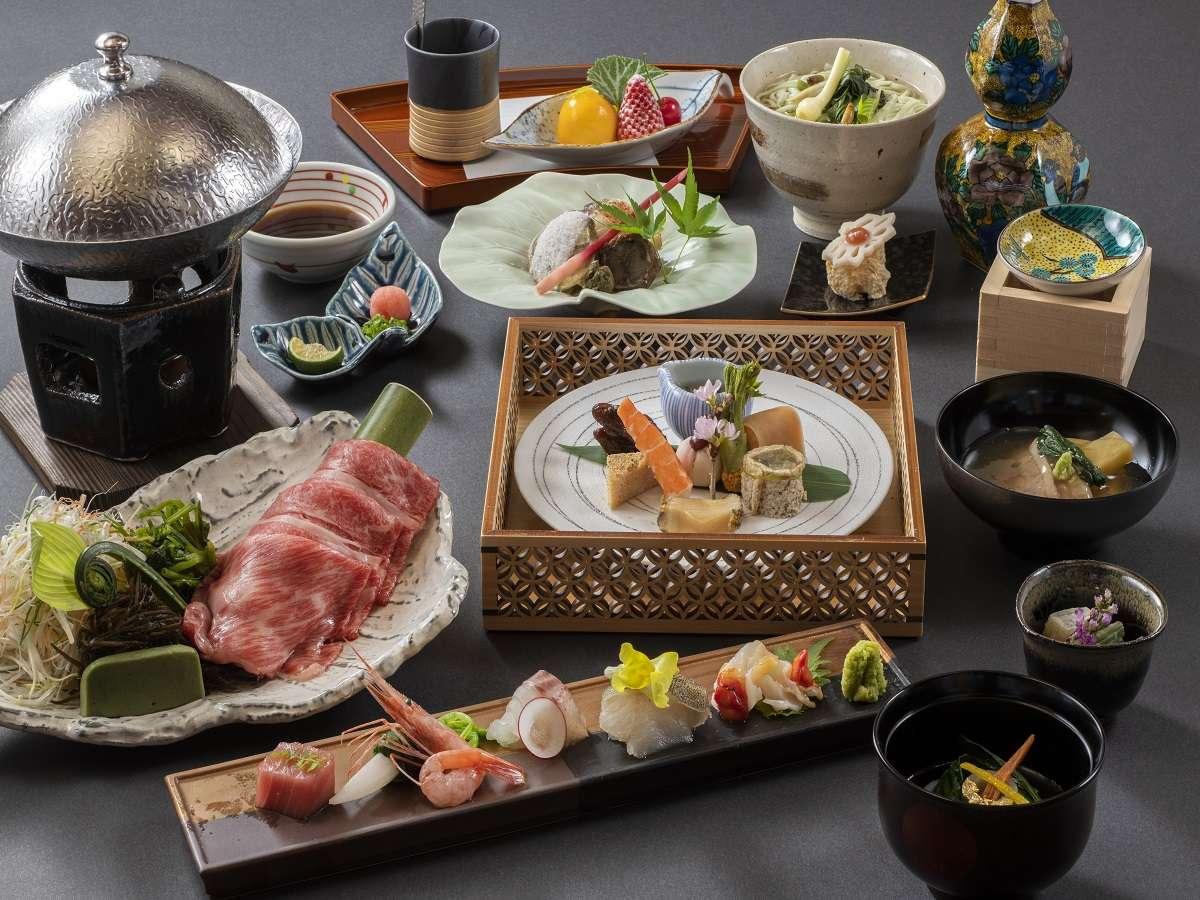 【夕食イメージ】能登の里山里海で獲れた旬菜を織り交ぜた和会席をご堪能ください。