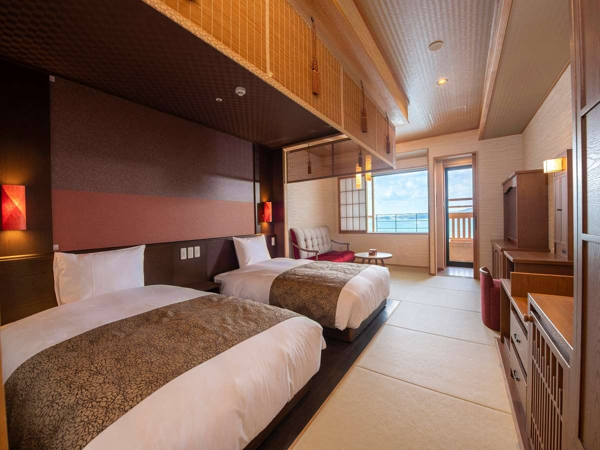 【和洋ツイン一例】和のぬくもり溢れる空間に洋の快適性を備えた家具類が上品に配されております♪