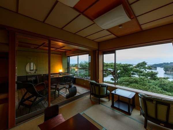 【特別室・海庭】開放感あるガラス張りが特徴の特別室。
