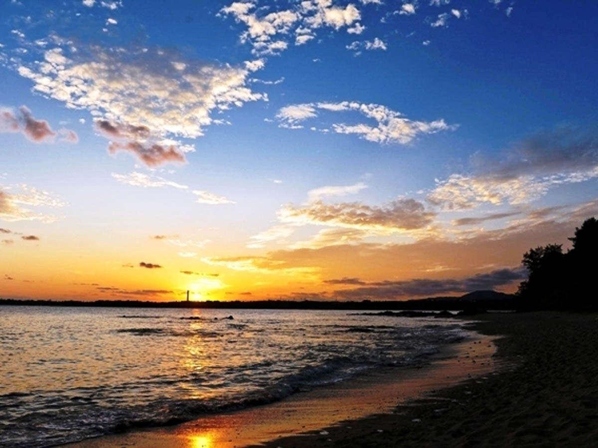 プライベートビーチで朝と夕方にお散歩を。夜は満天の星空が☆冬はオリオン座がはっきりと見えます☆