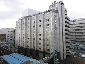 京阪電車・浜大津駅のすぐ隣の宿で京阪神へのアクセスに便利