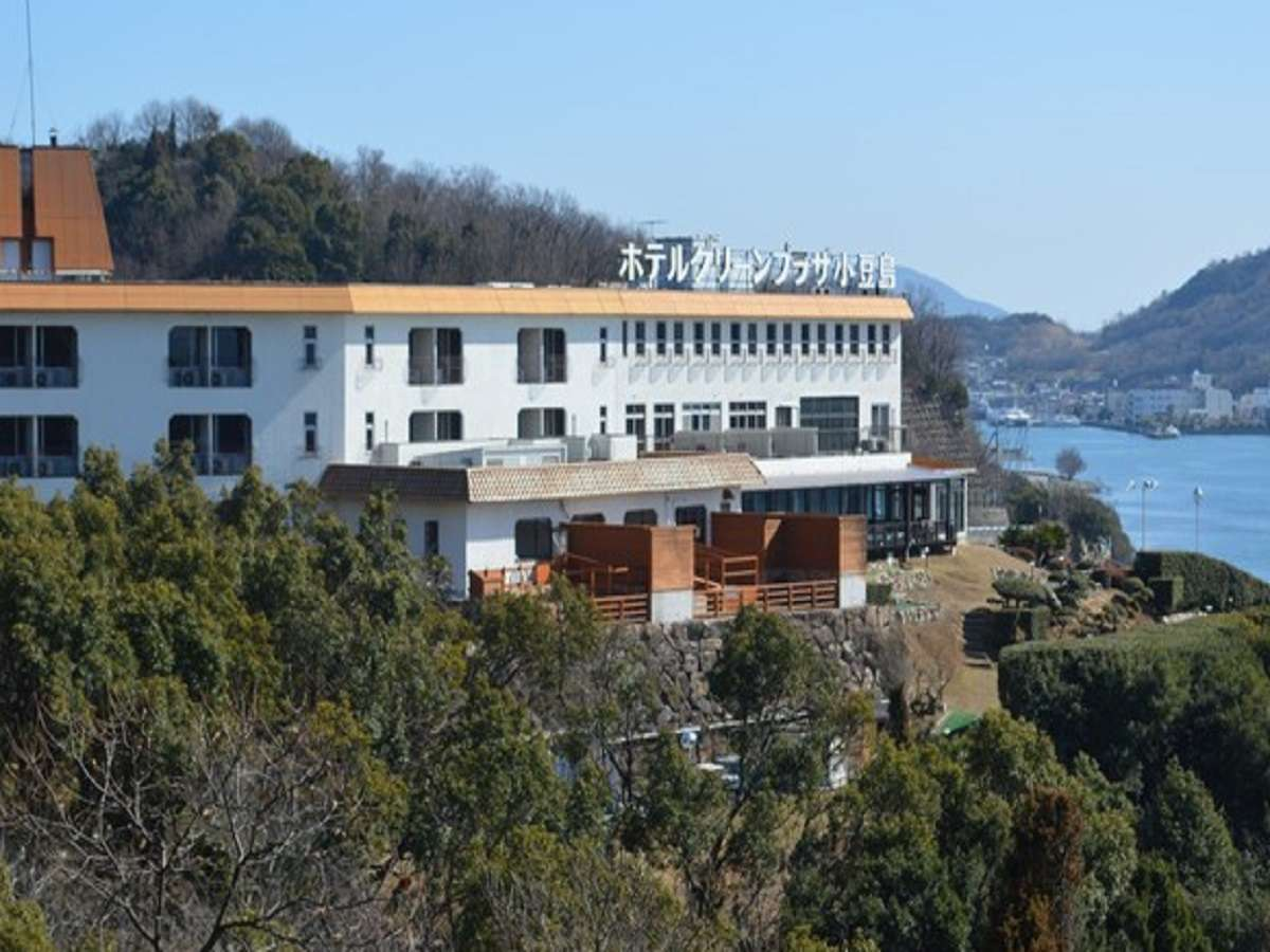山と海に囲まれたホテルでは自然とに触れ合うことも