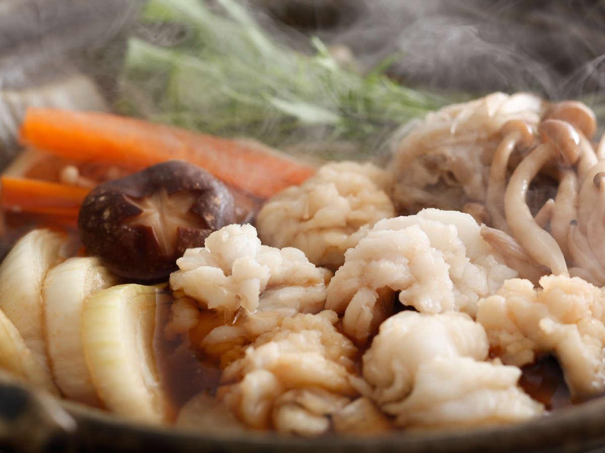 秋の味覚・錦秋鱧と淡路玉葱のすき鍋(料理イメージ)
