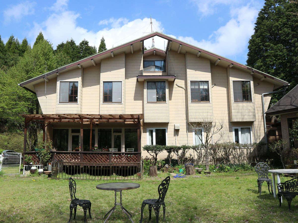 *【外観】菊池渓谷の近くに立つ全6室のペンションです