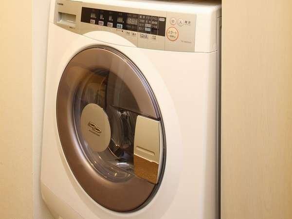 洗濯乾燥機はお部屋に完備♪