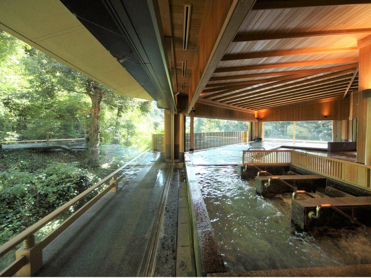 【こもれびの湯】ハーブバス、寝湯、サウナ等、多彩な温泉