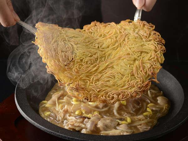 【聖紫花】大好評!松本鉄板浮麺