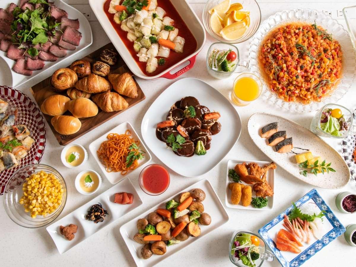 ●朝食ブッフェ~約60種の充実メニュー