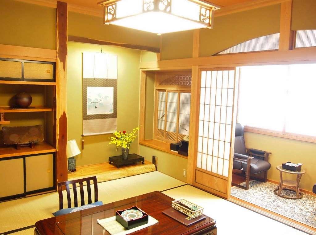 床の間 建具など趣向を凝らした書院造り客室